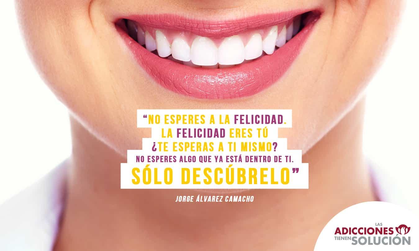 frase 22 de nov felicidad-smile